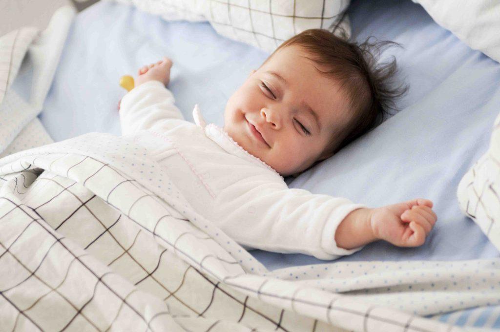 Trẻ mệt mỏi mắt lờ đờ, ngủ li bì có nguy hiểm không - Ảnh 3