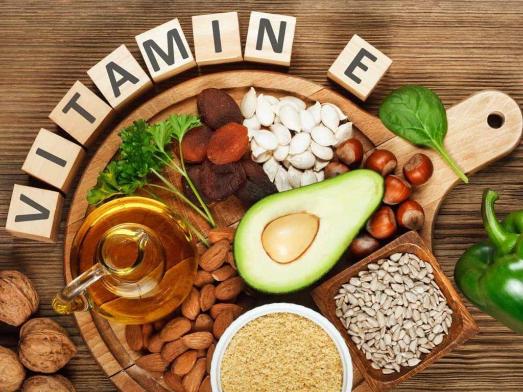Những vitamin nào cần thiết cho trẻ vào mùa đông Ảnh 2