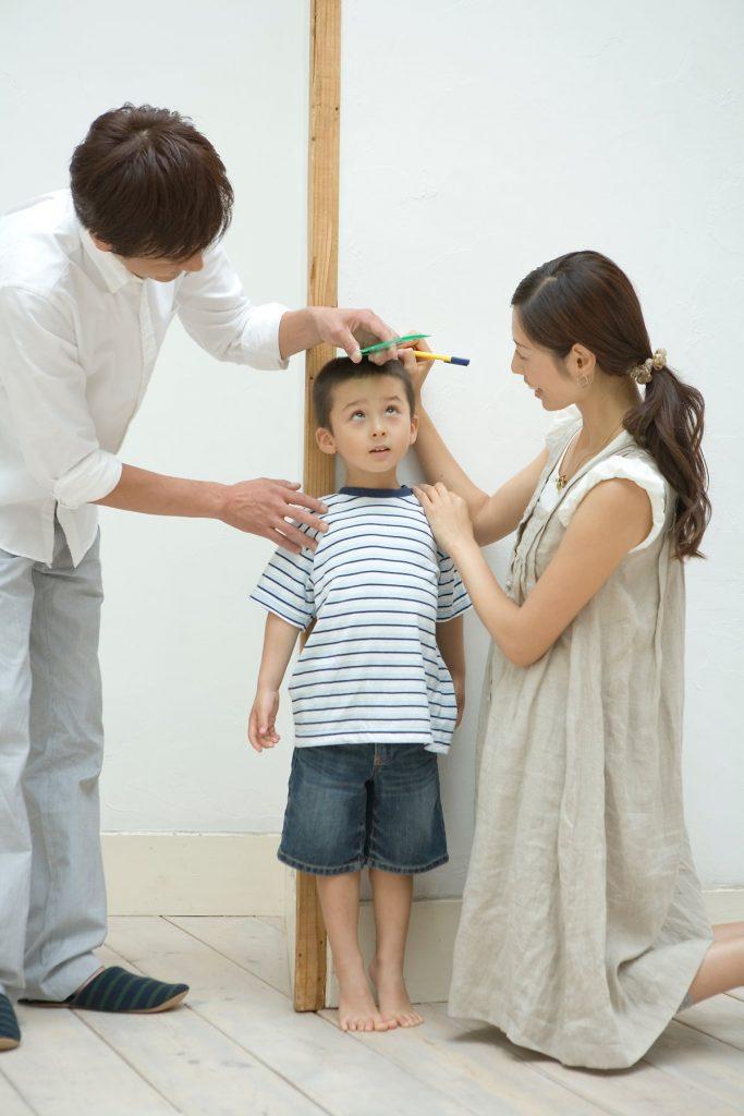 Những dấu hiệu nhận biết trẻ bị suy dinh dưỡng - Ảnh 1