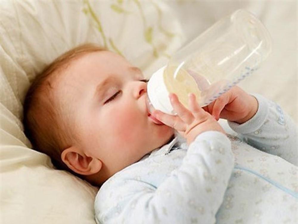 Nhận biết trẻ sơ sinh bị táo bón và cách xử lý kịp thời - Ảnh 3